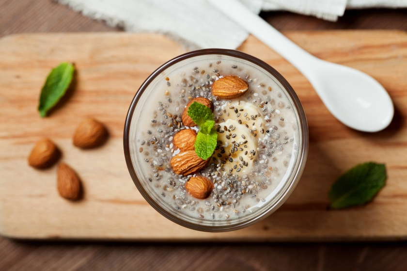 Chia seeds pudding with oat, banana and almonds with mint